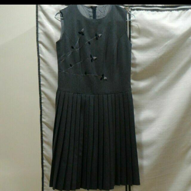 典雅背心洋裝