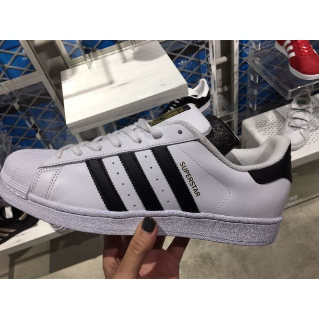 愛迪達 Adidas 金標 Superstar 貝殼頭 運動鞋 基本款