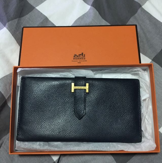 Authentic HERMES VINTAGE BEARN WALLET BIFOLD (Dark NavyBlue ... b5d89cff5