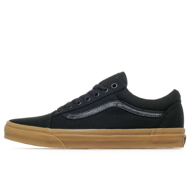 3b5d66ba400 Authentic Vans Old Skool Black Gum Sole