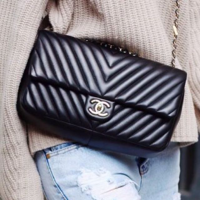 815df529696f Chanel medium chevron classic double flap bag with silver hardware ...