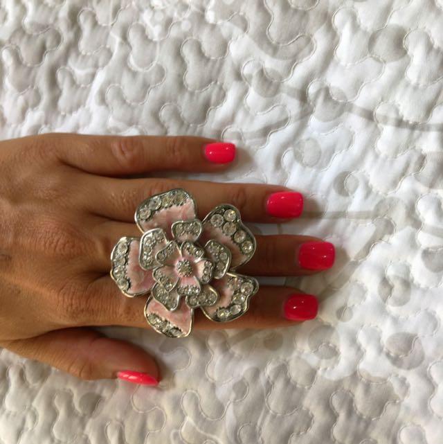Diva Flower Ring
