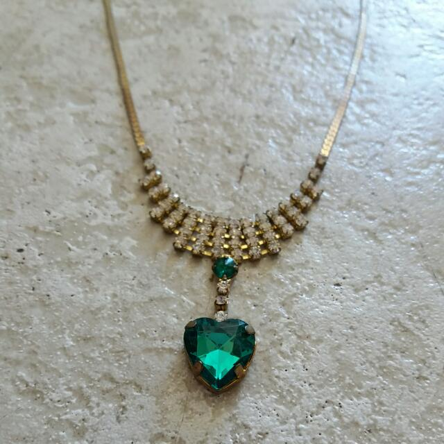 Heart Green Dimond Necklace.