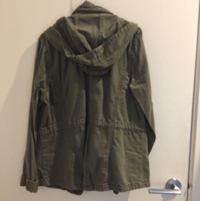Hooded jacket (Cotton on)