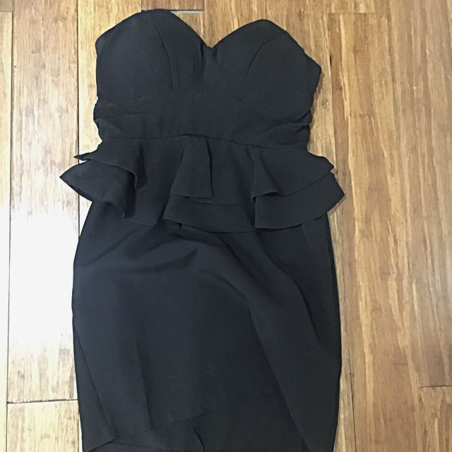 Little Black Dress/ Tight Dress/ Strapless