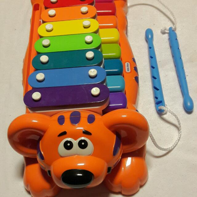 Musical toy (piano + xylophone)