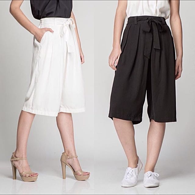 [NEW] Bittersweet Closet - Azzura Culottes In Black - Free Size