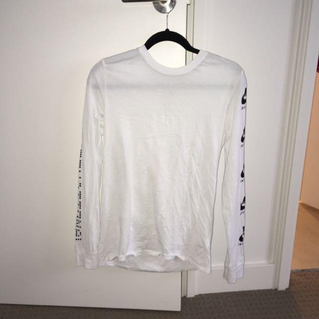 Nike long sleeve white t shirt with reflective logo