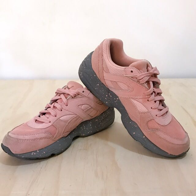 Puma R968 Pink Sneakers Size 7 6814002a6