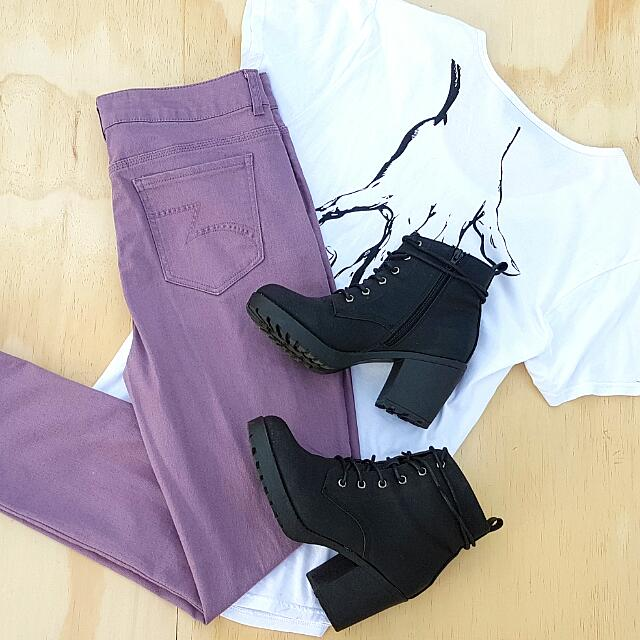 Skinny High Waisted Lavender Jeans || Size 14