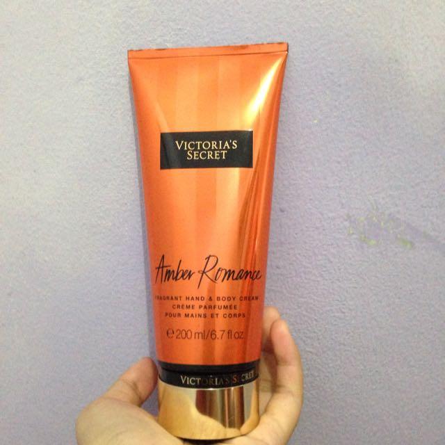 Victoria's Secret Amber Romance Bodycream