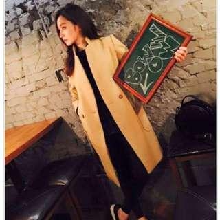 Bowwow Korea 純羊毛窄肩駝色大衣