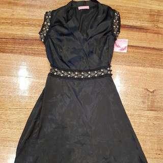 Japanese Style Kimono Dress Black With Gold Trim Brand New RRP: $189