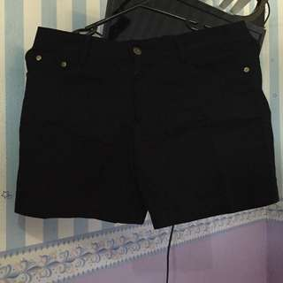 Skinny Jeans - Black Short Pant