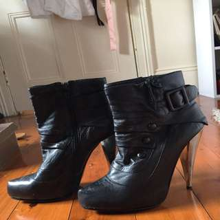 Wittner Black Boots