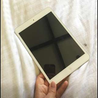iPad Mini 2nd Gen- White