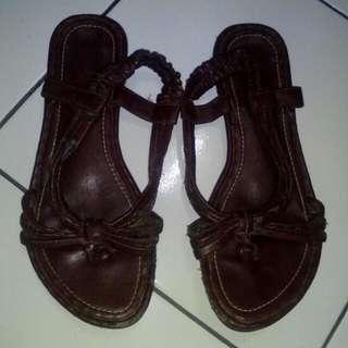 Sendal Sepatu