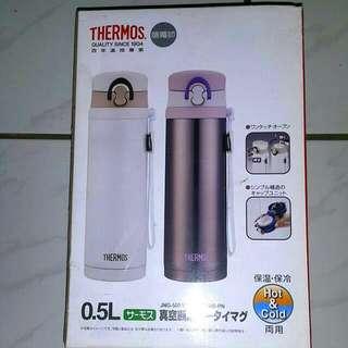 【佳麗寶】-(THERMOS膳魔師 )不銹鋼真空保溫瓶500ml+500ml二入組【CWSP1401】