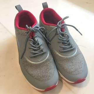 Nike AIR MAX THEA 💯 Ori!!!