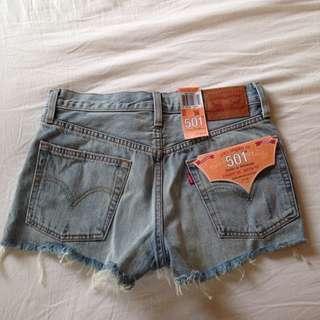 Levi Shorts 501