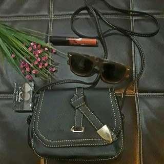 #Freedelivery Mk Leatherette Sling Bag