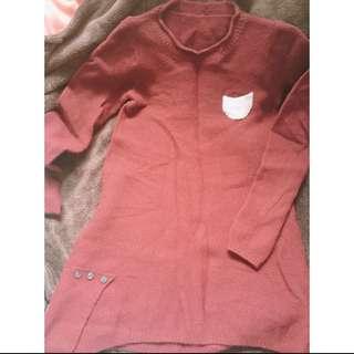 酒紅色毛衣
