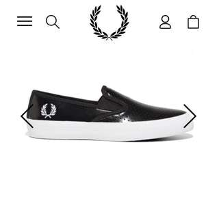 FRED PERRY TURNER SLIP ON PERFORATED