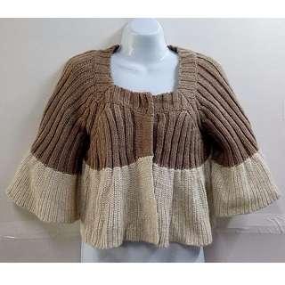 SIMPLE UNIQUE日韓風格粗針織修身時尚造型斗篷式短版外套【全新含吊牌原價1780元女性針織短版外套13號】