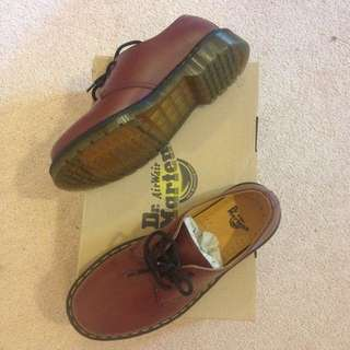 Dr Martens. 1461. Cherry Smooth. Unisex