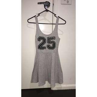 SIZE XS Factorie Dress