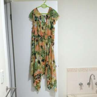 Crossroads Sheer Peach Coloured With Flowers Dress
