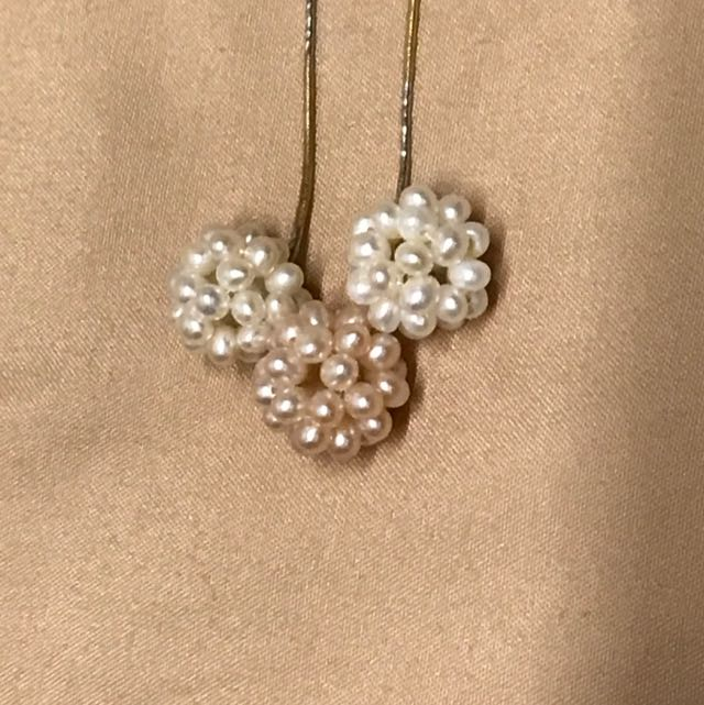 9成9新 小珍珠項鍊 戴起來皮膚非常白皙