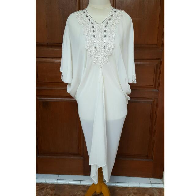 baju broken white