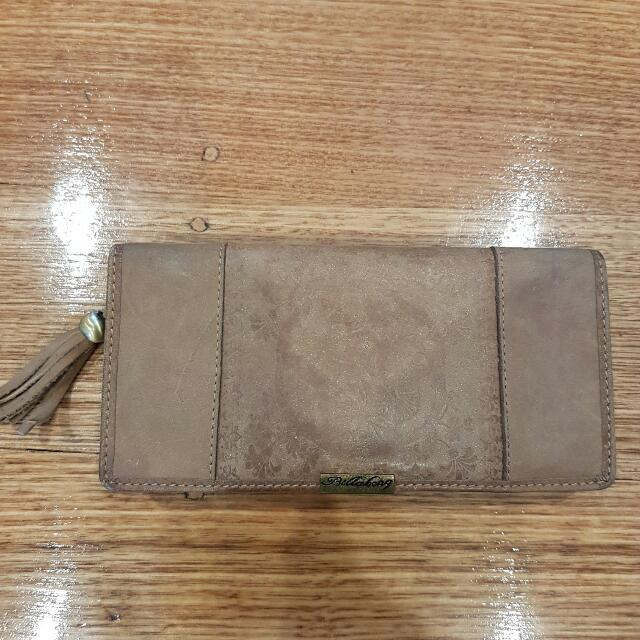 Billabong Light Brown Suede Wallet With Tassel Used But Good Condition