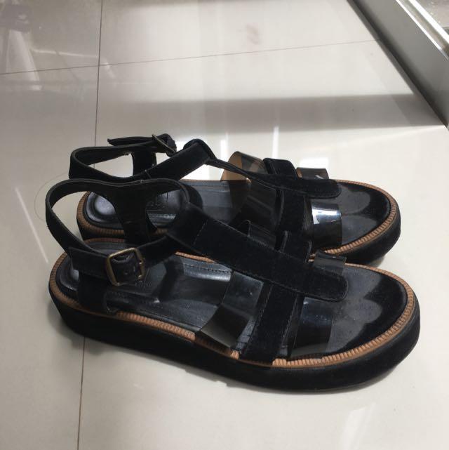 Chiels Black Sandals