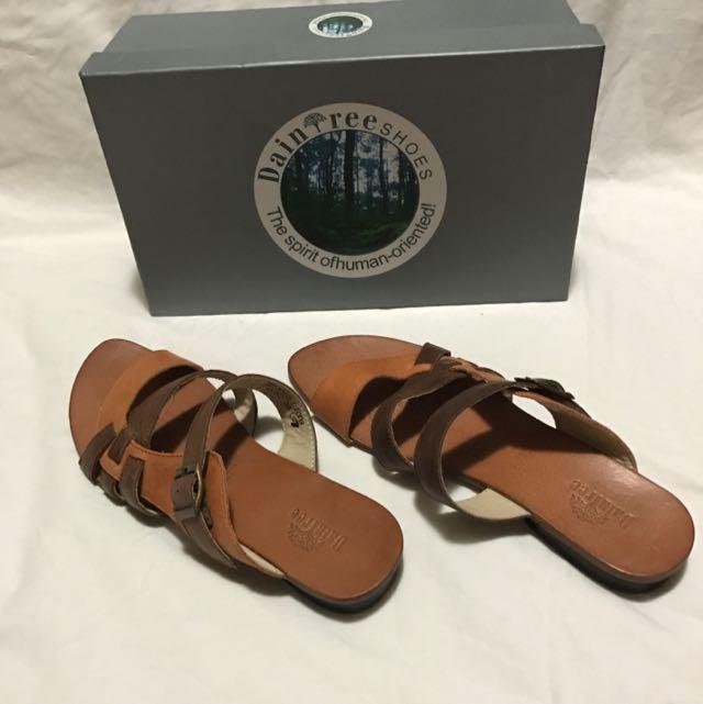 Daintree Leather Sandal
