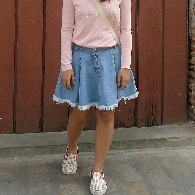 HW Denim skater skirt (Reserved)