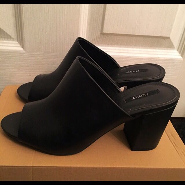 Forever21 Mules Black Sandals Size 9