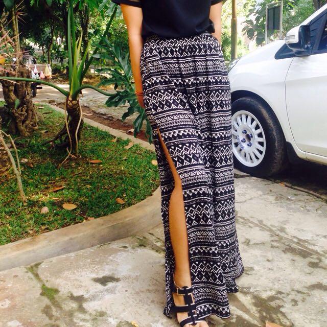 [Forever 21] Slit Skirt