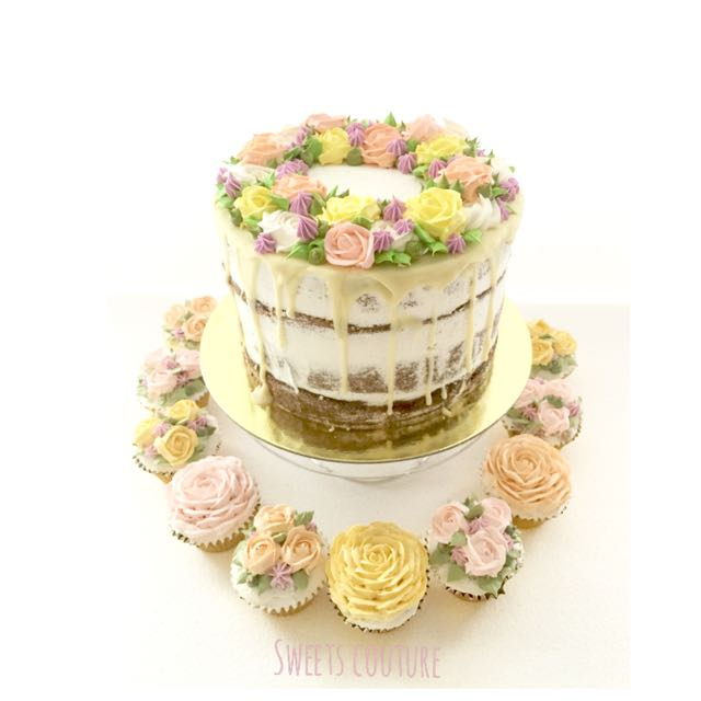 Frosted Floral Cakes
