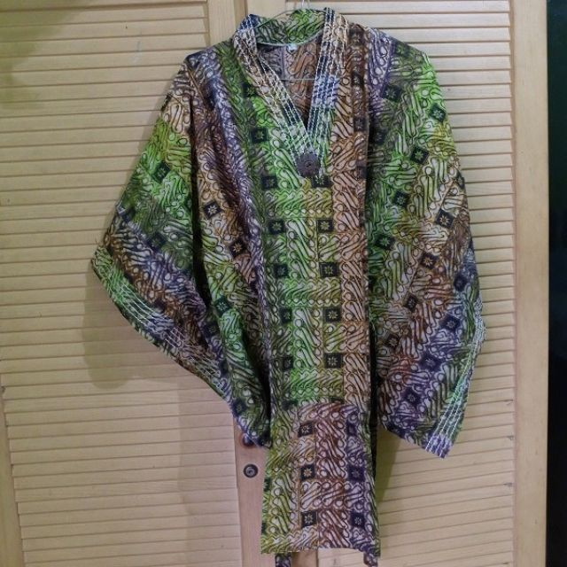 Green Batwing Dress Batik Kimono Style (Fit to L)