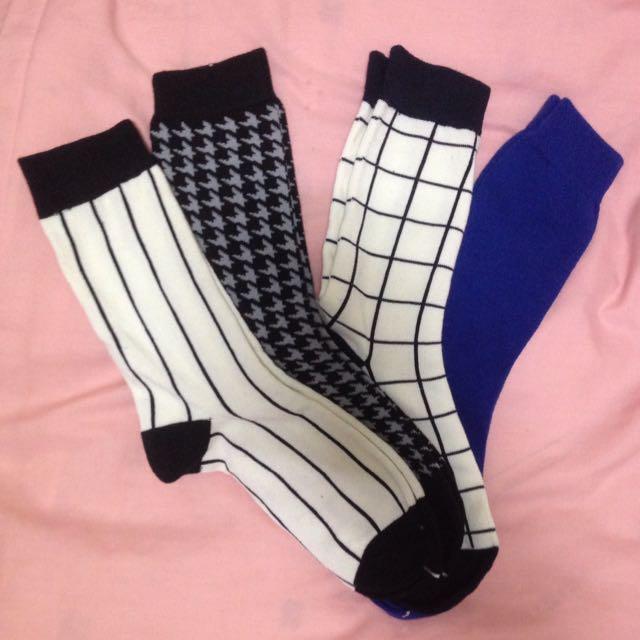 GU襪子一組4入