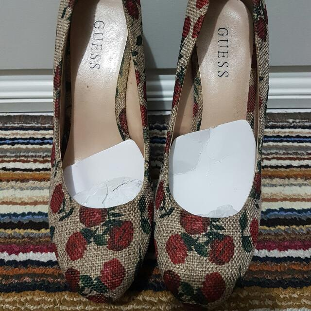 Guess Wedges (Flower)