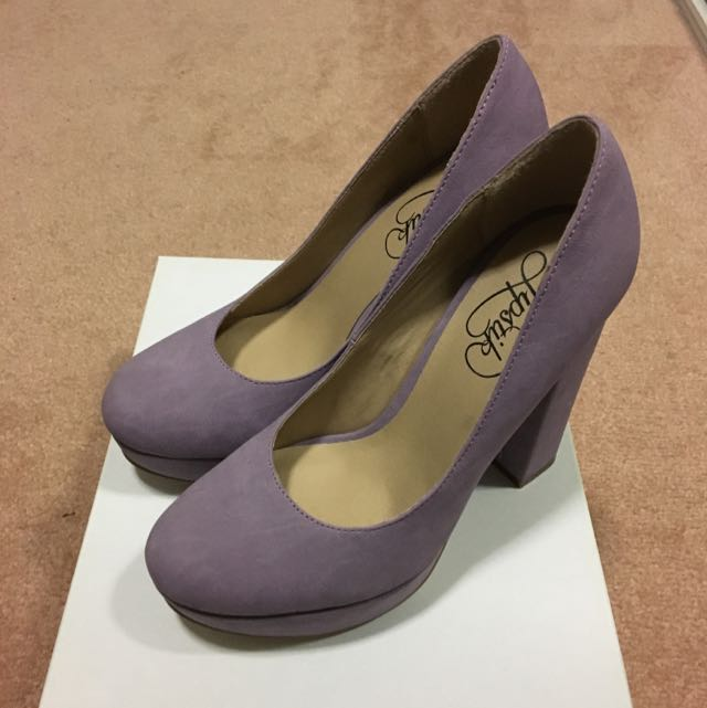 Lipstik Lilac Heels Size 6