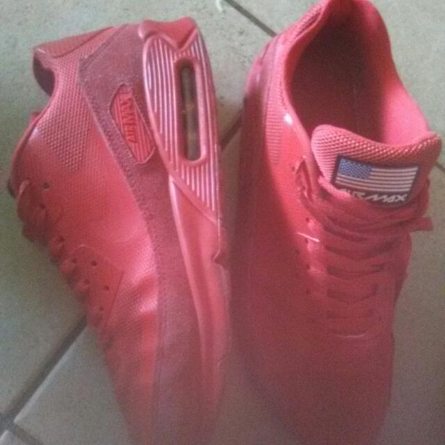 purchase cheap 949ab 2e478 Nike Air Max 90 Essentials Limited Edition USA All Red US10 Size US ...