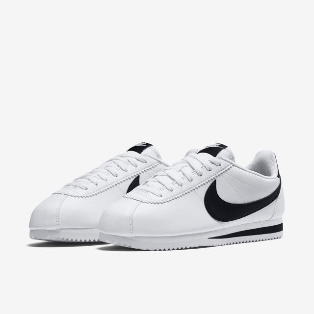 b643cfa88cf6 Nike Classic Cortez Leather - Black   White Logo