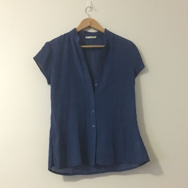 Size 10 Women's Crinkle Blue Shirt