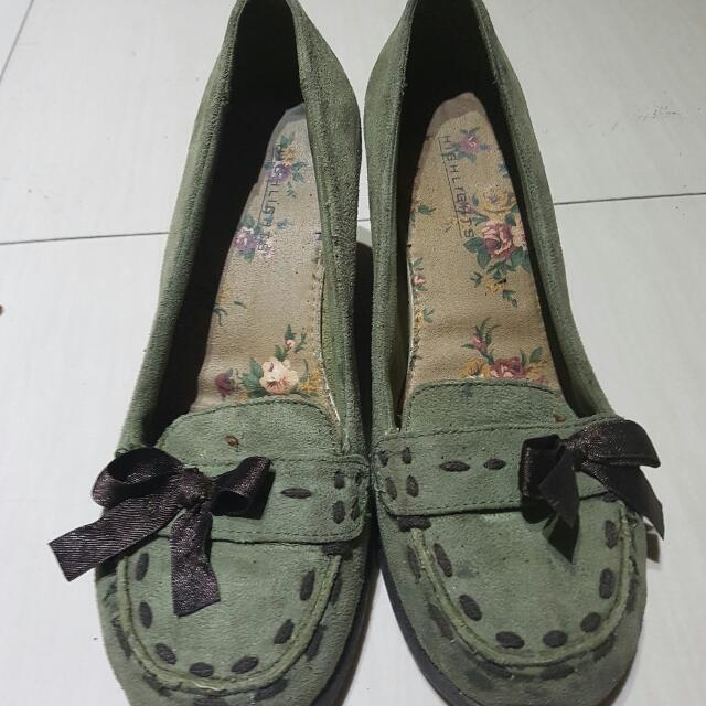 Size 6.5 Wedge Loafer