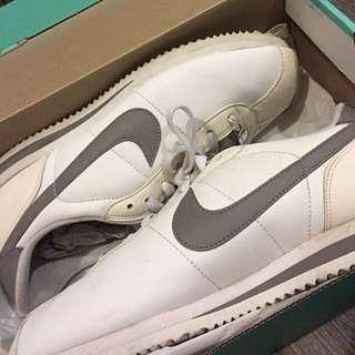 Nike 休閒鞋 慢跑鞋 阿甘 白色