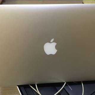 MacBook Air 13.3 1.4ghz 4gb